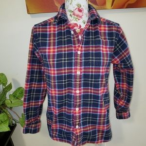 Heavyweight flannel top. Size L